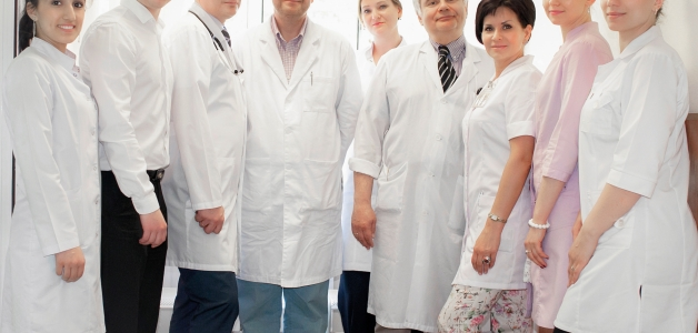 Врачи стоматологической клиники дент